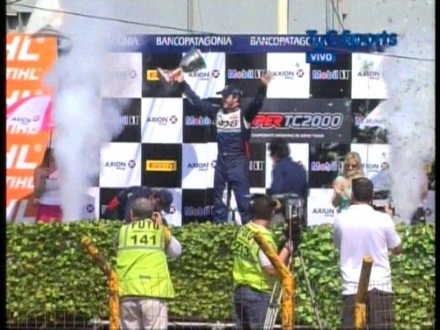 Agustín Canapino fue el gran ganador de la carrera diurna del Callejero Santa Fe