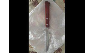 El cuchillo usado por los ladrones para realizar el asalto.