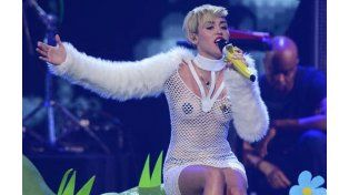 Miley Cyrus conducrá mañana la entrega de los MTV Video Music Awards (VMA) en Los Angeles.
