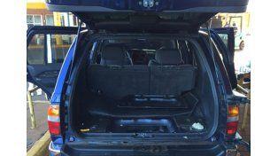 Contrabando: Afip secuestró 228 kilos de marihuana en dos camionetas de alta gama