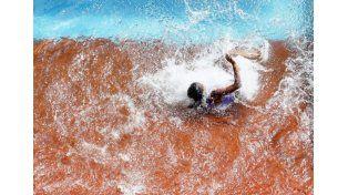 No era natación: mirá esta impresionante caída en el Mundial de atletismo