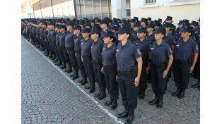 Abonan a las fuerzas de seguridad lo correspondiente a uniformes