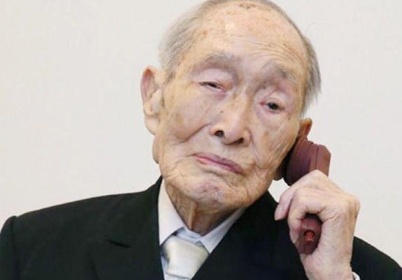 Tiene 112 años y es el nuevo hombre más longevo del mundo