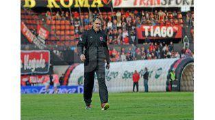 Darío Franco apenas sumó tres empates en seis partidos dirigidos / Foto: Manuel Testi - Uno Santa Fe