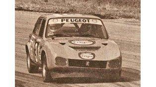 Cocho López (Peugeot 504) fue el campeón del Torneo Presentación 1979. Corrían con copiloto
