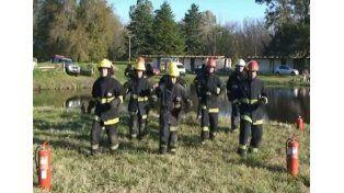 Mirá la divertida coreografía de los bomberos voluntarios de Bragado