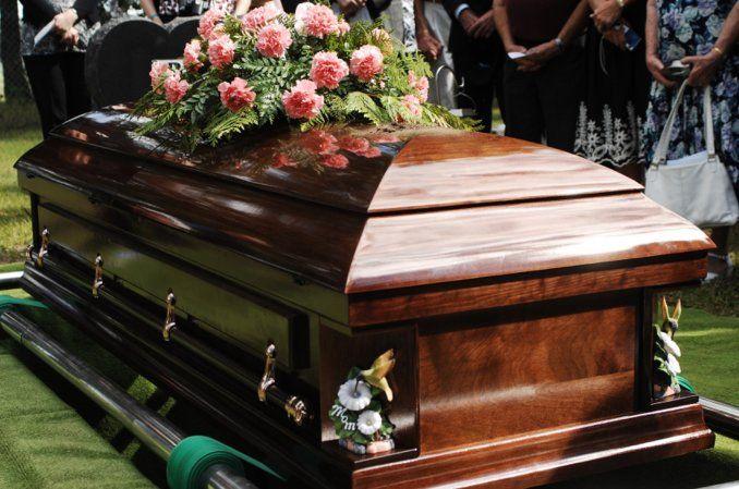 Siria: Un hombre acude a su propio funeral un día después de ser dado por muerto