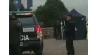 Escaparon de un control policial y chocaron: un muerto y seis heridos