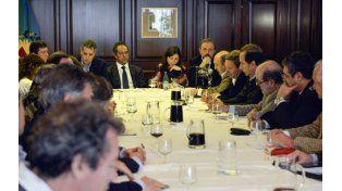 Mesa agropecuaria. Scioli se reunió con ruralistas y anunció medidas.