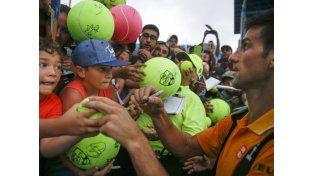 Djokovic y Federer avanzan en el Masters 1.000 de Cincinnati