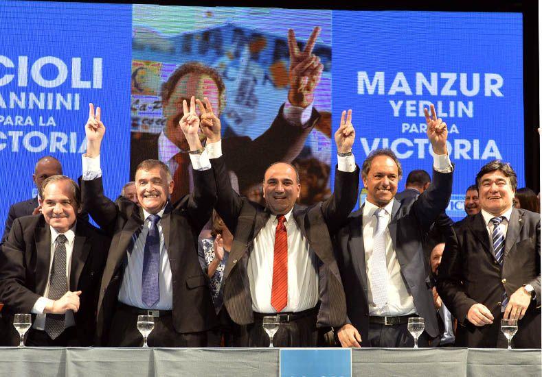 Scioli: Estas políticas proyectan al país hacia un gran futuro