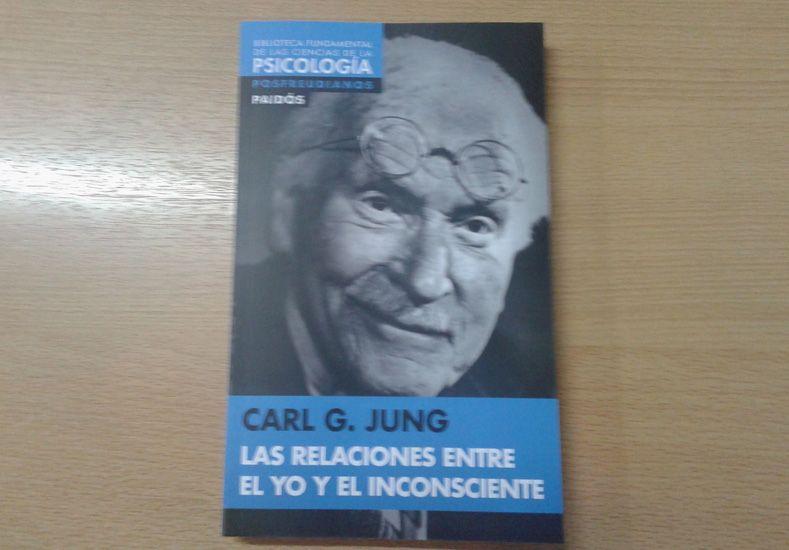 Este jueves pedí el libro de Carl G. Jung, Las Relaciones entre el Yo y el Inconsciente