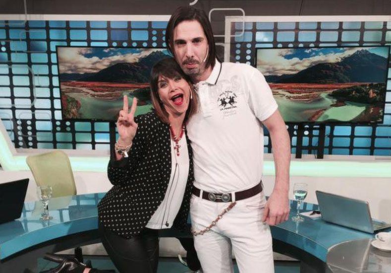 Amalia Granata publicó en Twitter una foto con el gigoló Javier Bazterrica.