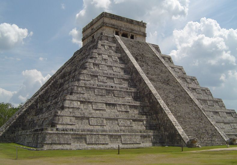 ¿Qué hay debajo de la pirámide de Kukulkán?