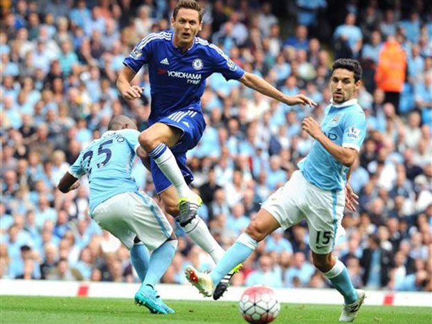 El Manchester City con un tanto de Agüero goleó al Chelsea