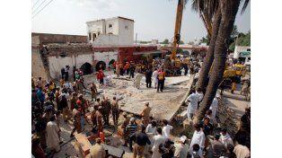 El terrible atentado dejó al menos 10 muertos.