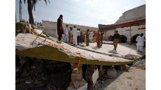 En Pakistán, un atentado suicida dejó 10 muertos, incluido un ministro provincial