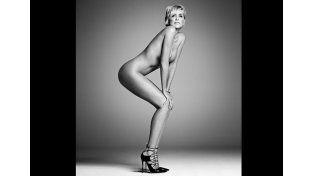 A los 57 años, Sharon Stone muestras sus encantos y renueva título de símbolo sexual