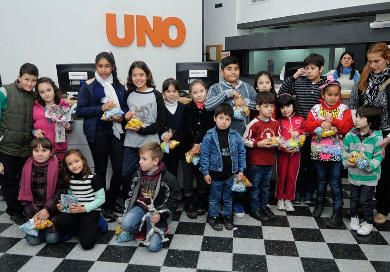 Los chicos demostraron sus habilidades artísticas en el concurso del UNO.
