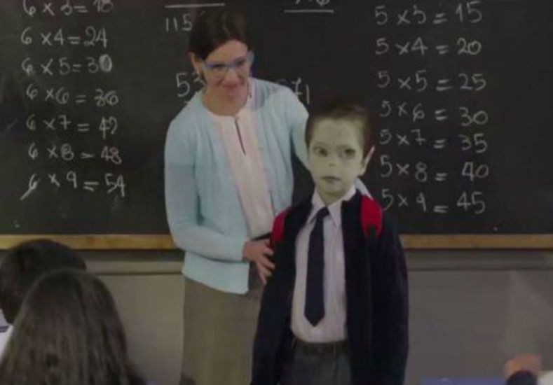 Un video sobre un niño extraterrestre para concientizar sobre el bullying
