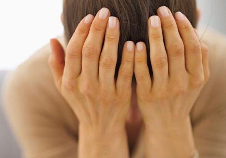 Las mujeres sufren más una ruptura, pero se recuperan mucho más rápido