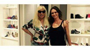 Sin funciones, Susana descansa en Miami