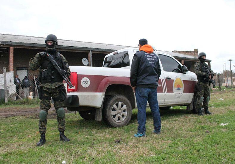 Se realizaron 14 allanamientos simultáneos por drogas en Villa Constitución