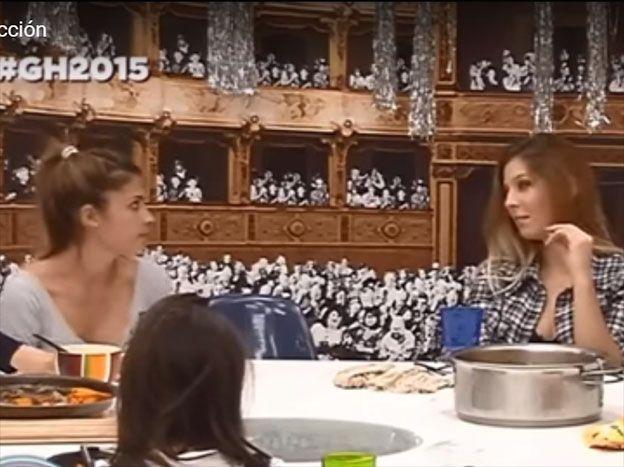 Flor Zaccanti dio una lección de kamasutra