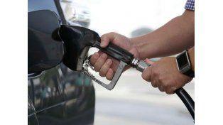 Un día después de las elecciones, aumentaron los combustibles