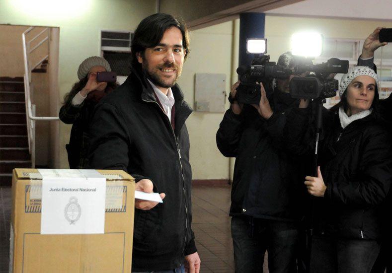 A las generales. El dirigente mendocino obtenía casi 20.000 votos más que Altamira./ Télam.