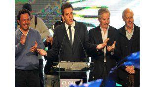 Tras ganar su interna, Massa convocó a Macri y a Stolbizer