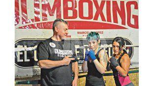 Toque femenino. Las chicas demostraron un gran interés por el boxeo en los últimos años y acá también tienen su lugar. Manuel Testi/ Diario UNO.