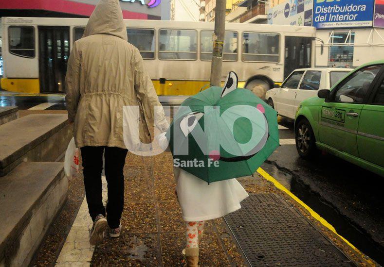 El Servicio Meteorológico renovó el alerta por tormentas fuertes y abundantes lluvias
