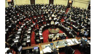 Lo que viene. Los argentinos votarán hoy a los candidatos a renovar en octubre 130 bancas en la Cámara baja.