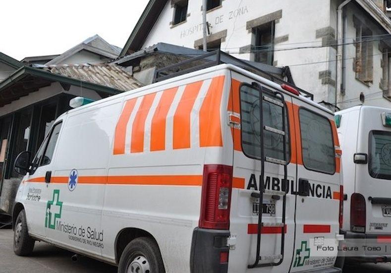 Se incendió un edificio, arrojaron a un bebé para salvarlo y está grave por el golpe