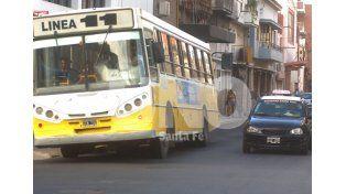 Transporte Público: cambio de parada en inmediaciones de Bulevar y Rivadavia