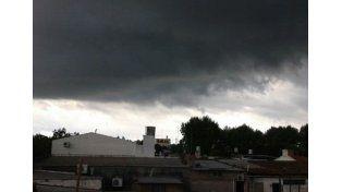 Solicitan precaución a la población ante posibles fenómenos meteorológicos
