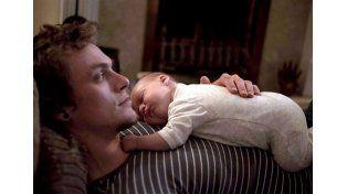 Convertirse en un papá joven puede aumentar el riesgo de muerte a mediana edad