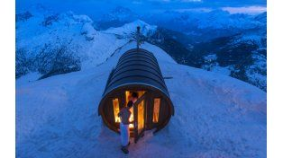 """Sauna in the Sky"""