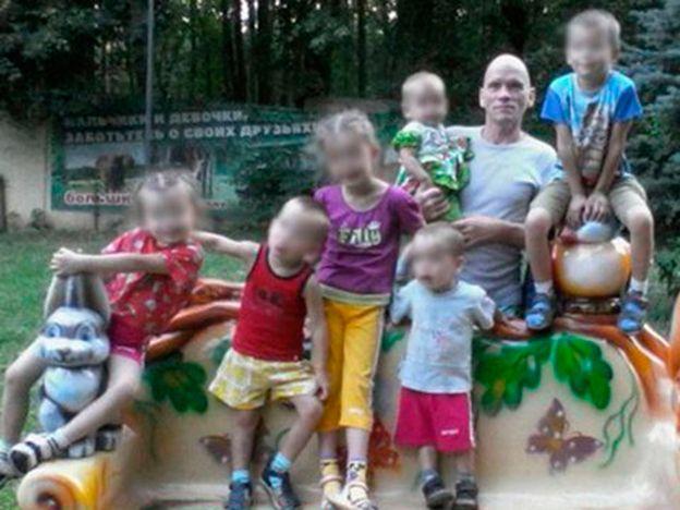 Rusia: investigan a un hombre por la muerte de su esposa, madre y seis hijos