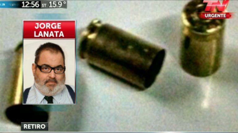 Apedrearon y encontraron cuatro casquillos de bala en el frente de la casa de Jorge Lanata