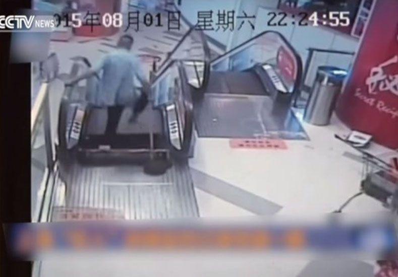 Otro accidente en una escalera mecánica: ahora un hombre perdió la pierna