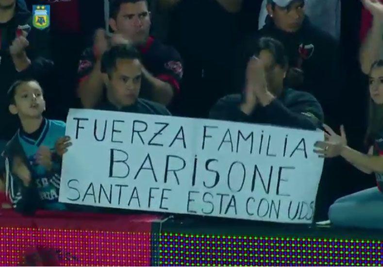 La familia sabalera se solidarizó con el dolor de los tatengues.