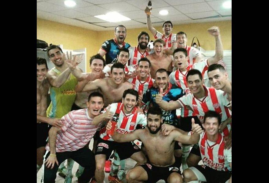 Unión jugó con 12 jugadores y logró una victoria histórica 4 a 3 en la Bombonera