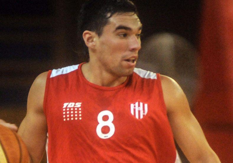 Leandro Vildoza sigue en el Tate y pasará a ser el base titular.