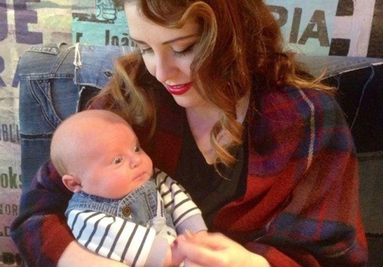El error de una madre primeriza que explotó en las redes