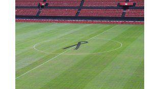 Así se verá el campo de juego de Colón durante el encuentro con Independiente. / gentileza @colonoficial.