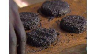 Hamburguesas de moscas, la nueva moda gourmet africana
