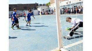 Se entregará 6 millones de pesos a clubes para infraestructura deportiva