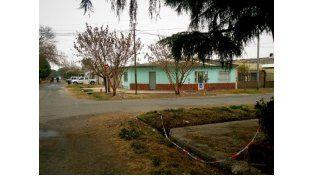 Matan de dos disparos a una chica y familiares queman la vivienda del presunto asesino